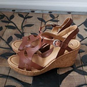 B.O.C. Born Concept Brown Wedge Sandals EUC Size 8